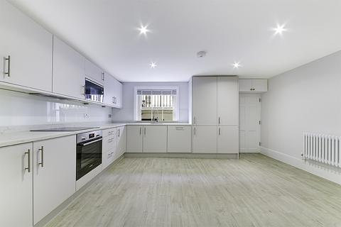 3 bedroom detached house to rent - Falmouth Road, Southwark, London, SE1