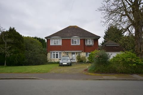 5 bedroom detached house for sale - Maybush Road, Emerson Park, Hornchurch RM11