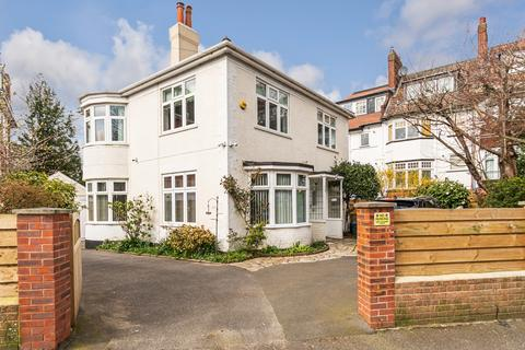 3 bedroom detached house for sale - Wharncliffe Road, Bournemouth, BH5 1AH