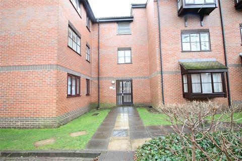 2 bedroom flat to rent - Gladbeck Way, Enfield, Middlesex