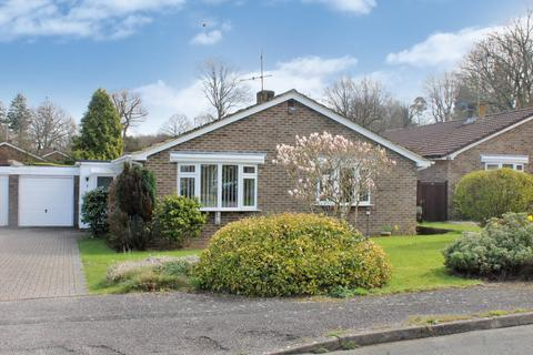 2 bedroom detached bungalow for sale - West Chiltington - close to local shops