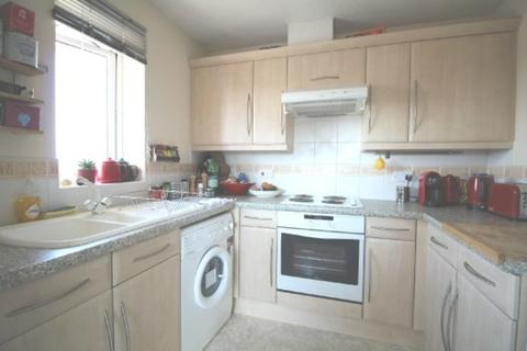 1 bedroom flat to rent - Lloyd Close, Cheltenham