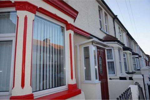 5 bedroom terraced house to rent - Strover Street, Gillingham