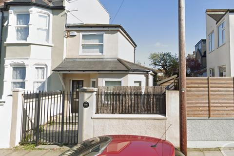 1 bedroom end of terrace house to rent - Bexhill Road, London, SE4 1RZ