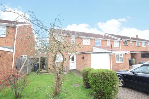 3 bedroom end of terrace house to rent - Christchurch Drive, Blackwater, Camberley, Hampshire, GU17