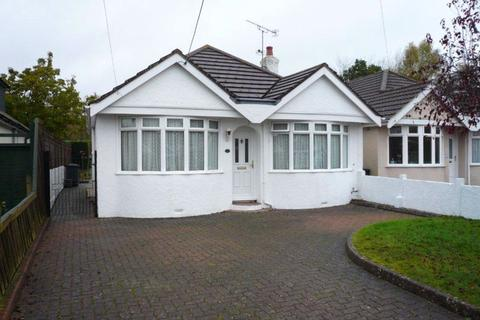 2 bedroom detached bungalow to rent - West Road, Hedge End, SO30 4BE