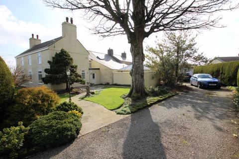 4 bedroom semi-detached house for sale - Brynteg, Anglesey