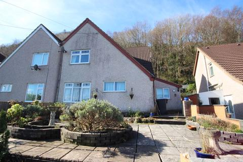 3 bedroom semi-detached house for sale - Graham Road, Conwy