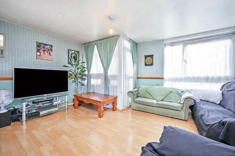 3 bedroom flat for sale - Fern Street, London E3
