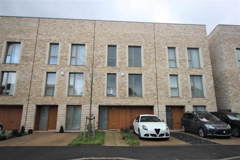4 bedroom house to rent - Camborne Road, Edgware