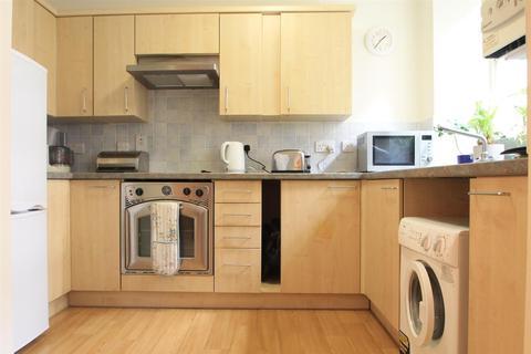 1 bedroom flat to rent - Harewood Court Wilbury Road Hove