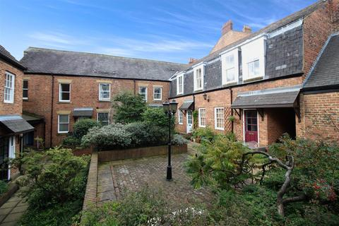 4 bedroom maisonette to rent - Tanners Court, City Centre, Newcastle Upon Tyne