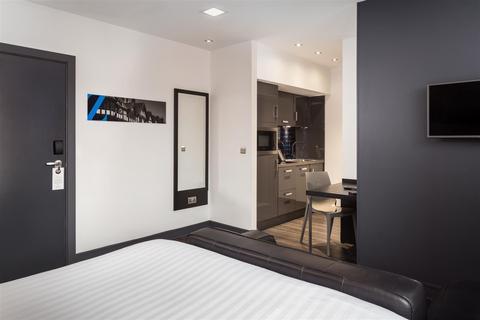Studio to rent - Roomzzz Aparthotel, Chester