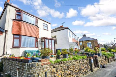 3 bedroom detached house for sale - Crow Hill, Broadstairs, Kent
