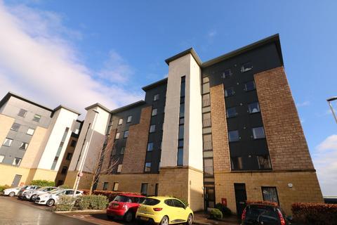 3 bedroom flat to rent - Thorntreeside, Easter Road, Edinburgh, EH6 8FE