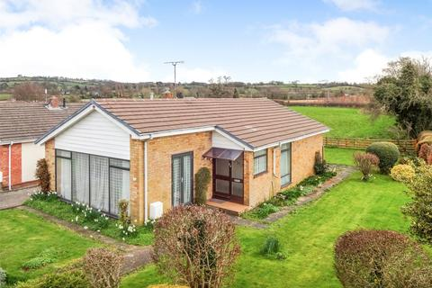 3 bedroom bungalow for sale - Oldcastle Avenue, Guilsfield, Welshpool, Powys, SY21