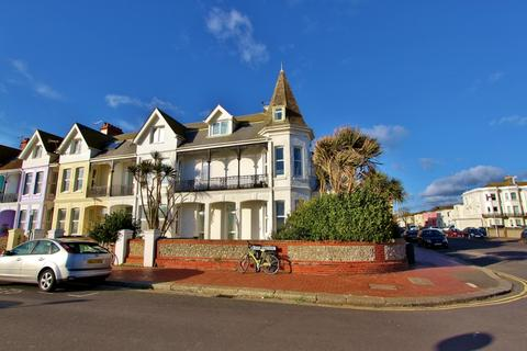1 bedroom flat to rent - New Parade, Worthing, BN11