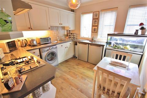 2 bedroom apartment for sale - Poole Road, Branksome, Poole