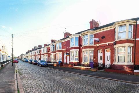 4 bedroom house share to rent - Edinburgh Road, Kensington