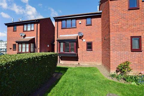 1 bedroom terraced house for sale - Coptefield Drive, Belvedere, Kent