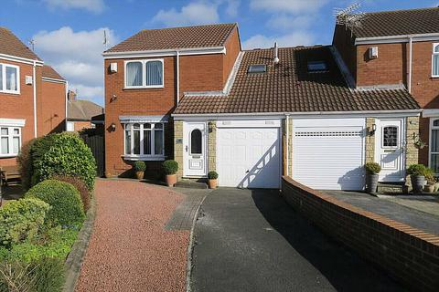 3 bedroom semi-detached house for sale - Braemar Drive, South Shields