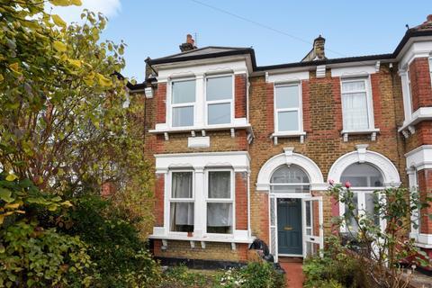 3 bedroom house to rent - Torridon Road Catford SE6