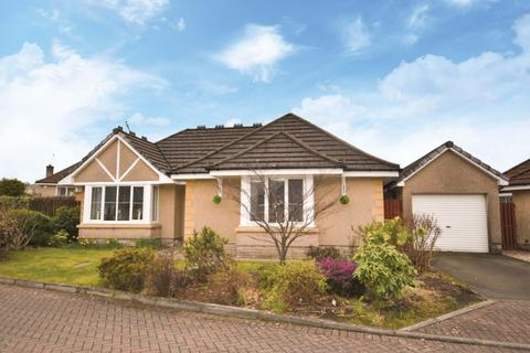 3 bedroom bungalow for sale - King O'Muirs Drive, Tullibody, Alloa, FK10 3AY