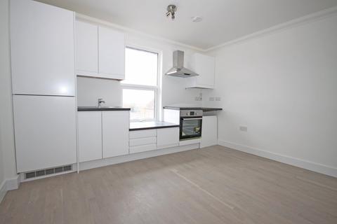 2 bedroom flat to rent - Minster Road, Minster On Sea
