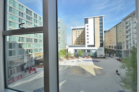 Studio to rent - Staten House, The Hub
