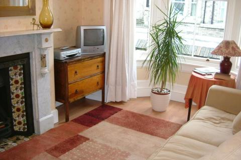 3 bedroom terraced house to rent - Russell Street, York, YO23 1NW