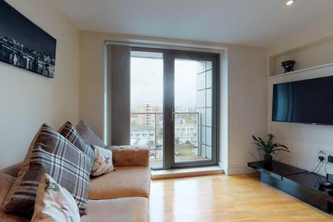 2 bedroom flat for sale - Parkview Apartments, London, E14