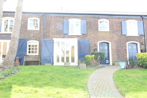 2 bedroom terraced house to rent - North Stables, The Historic Dockyard, Chatham, Kent, ME4