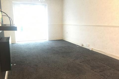 3 bedroom terraced house to rent - Chelmer Crescent, Barking, Essex, IG11