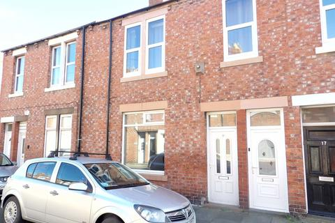 2 bedroom ground floor flat for sale - Beattie Street, West Park, South Shields, Tyne and Wear, NE34 0NJ