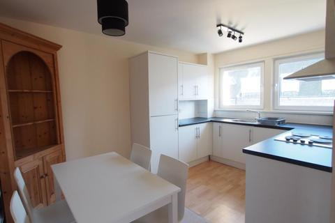 2 bedroom flat to rent - Claremont Grove, Aberdeen, AB10