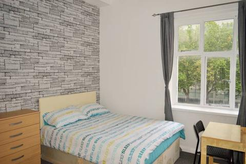 1 bedroom flat share to rent - Whitechapel Road, Whitechapel, London E1