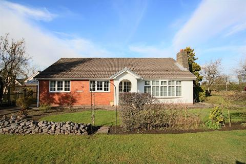 4 bedroom detached bungalow for sale - Old Pope Lane, Whitestake