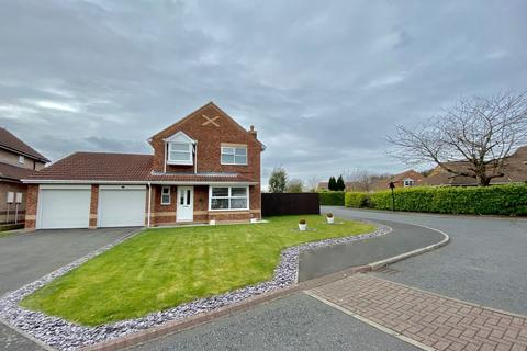 4 bedroom detached house for sale - Ovingham Close, Columbia
