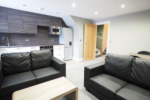 2 bedroom apartment to rent - Church Street, Guisborough