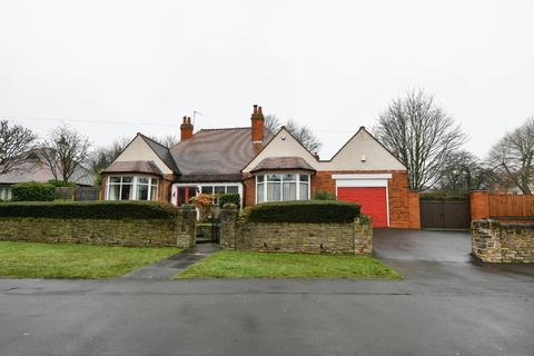 3 bedroom detached bungalow for sale - Orphanage Road, Erdington