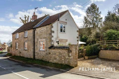 3 bedroom cottage for sale - High Street, Castle Bytham