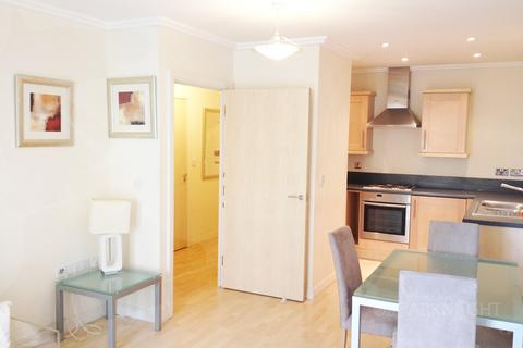 1 bedroom flat to rent - Trentham Court, Victoria Road, London, W3