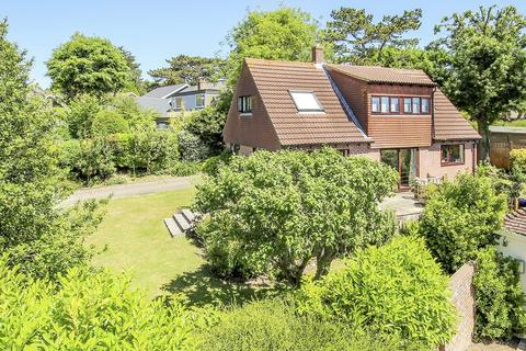 4 bedroom detached house for sale - Honeysuckle Lane High Salvington, Worthing, West Sussex, BN13