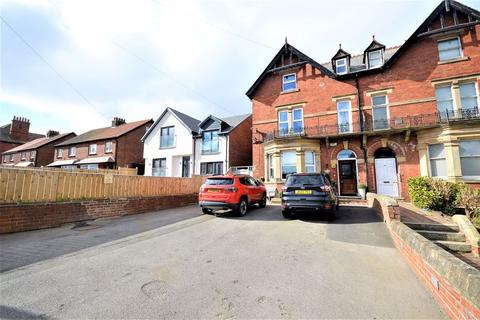6 bedroom semi-detached house for sale - Prospect Hill, Whitby