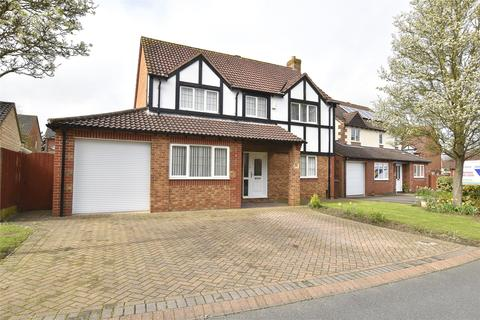 4 bedroom detached house for sale - The Withers, Bishops Cleeve, CHELTENHAM, Gloucestershire, GL52