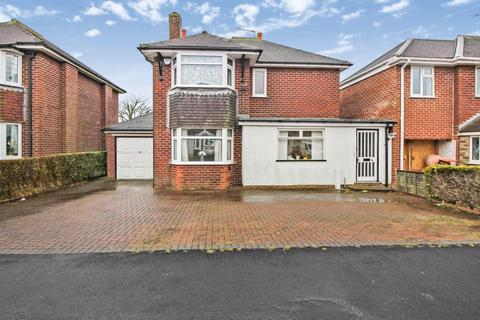 3 bedroom detached house for sale - Wilton Avenue, Werrington, Staffordshire, ST13