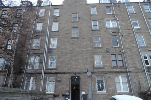 3 bedroom flat to rent - 8B Laburn Street, ,