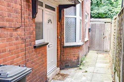 3 bedroom terraced house to rent - Winchester Avenue, Leicester