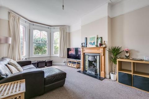 3 bedroom terraced house to rent - Braemar Avenue, London