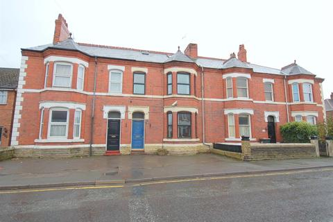 5 bedroom house for sale - Hungerford Road, Crewe